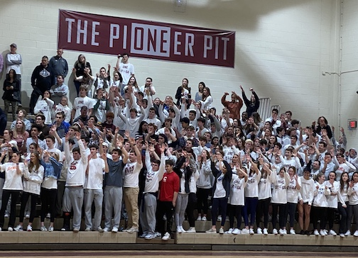 The BEST FANS in HIGH SCHOOL!